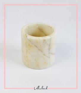 لیوان سنگی کوچک سفید تا ارتفاع 9