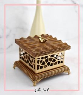 شکلات خوری طرحدار مربع چوبی کوچک