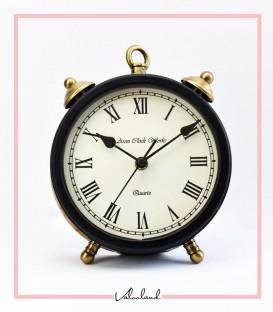 ساعت دکوری مشکی