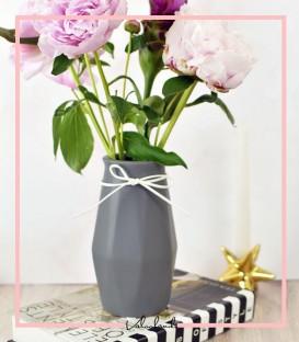 گلدان حجمی پاپیون دار رنگ طوسی