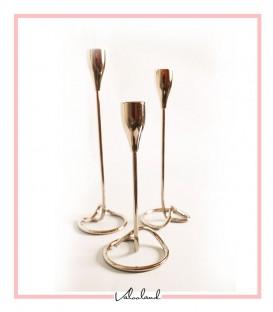 شمعدان فلزی رومیزی 3 تایی نقره ای پایه پیچ