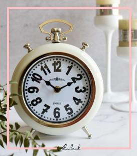 ساعت رو میزی گرد سفید با پایه ی نقره ای