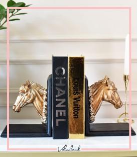 نگهدارنده کتاب طرح اسب