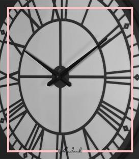 ساعت دیواری رومنس