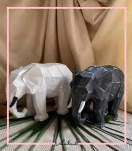 مجسمه فیل مشکی