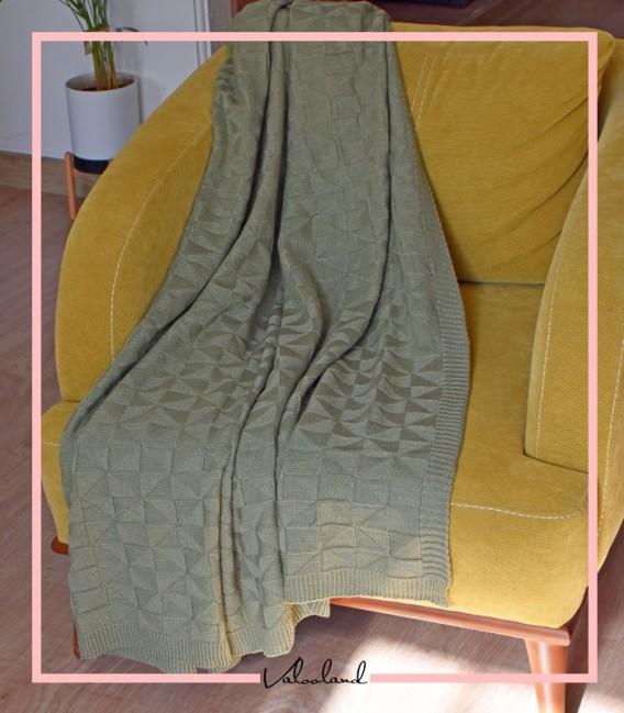 شال مبل مدل هندسی رنگ سبز ماشی روشن