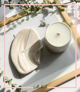 ظرف برگ تابدار سفید صدفی