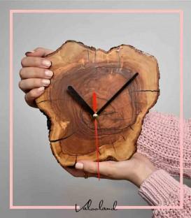 ساعت دیواری چوبی زیتون