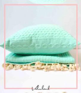 کوسن و شال تخت بافت سبز رنگ