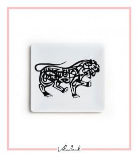 بشقاب مشکی طرح شیر