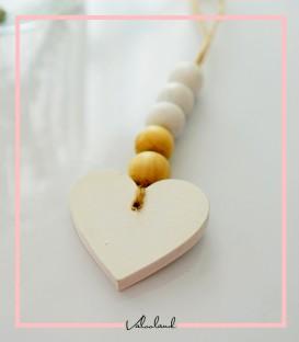 آویز چوبی مهره ای طرح قلب